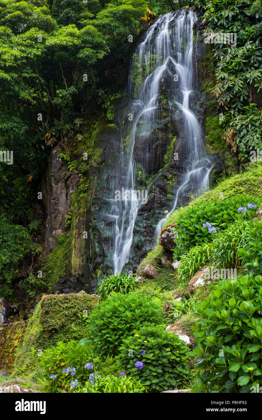 Waterfall in Parque Natural da Ribeira dos Caldeiroes, Sao Miguel, Azores - Stock Image