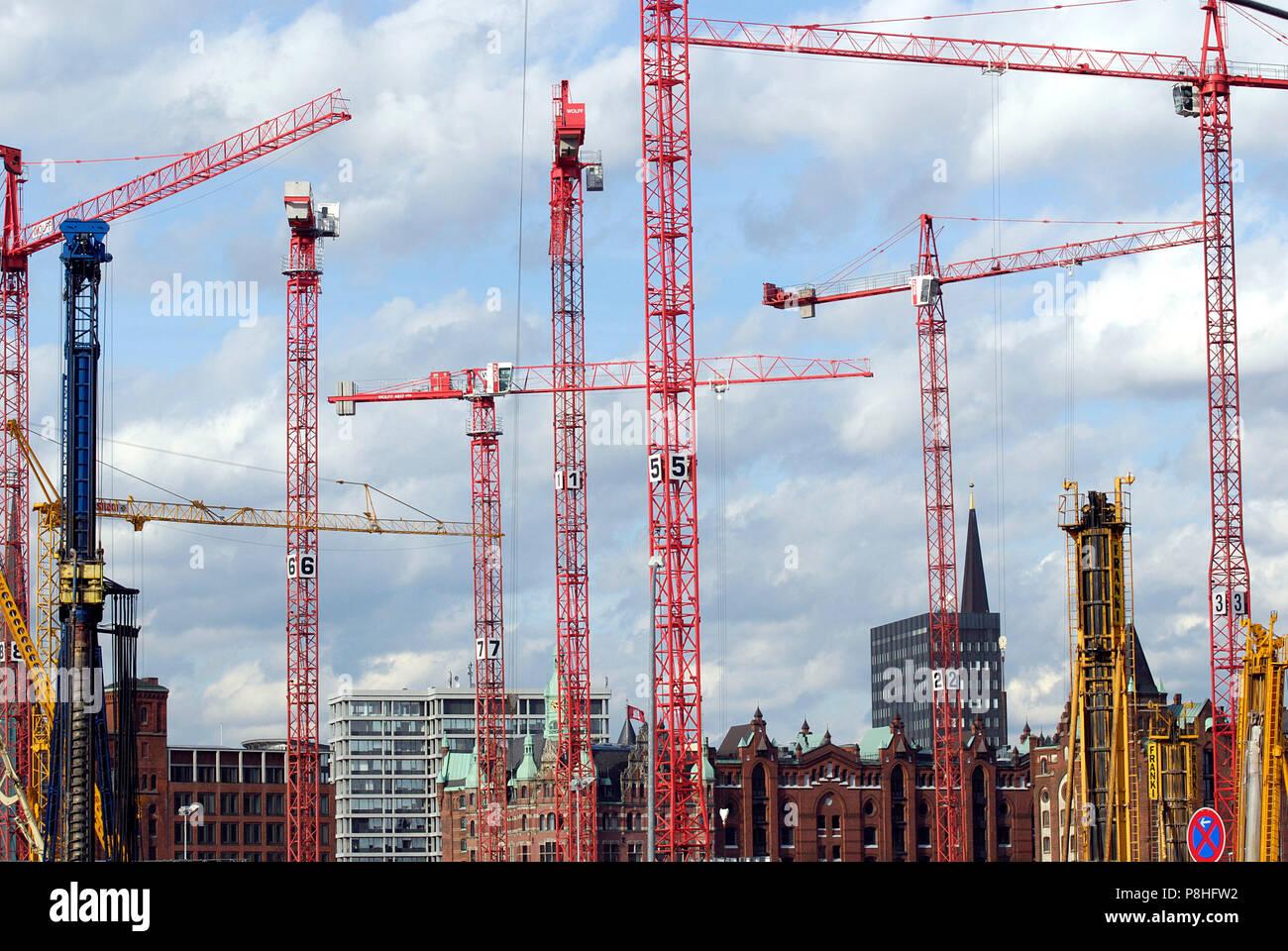 HafenCity ist der Name eines im Bau befindlichen Stadtviertels in Hamburg am Nordrand des Hamburger Hafens. - Stock Image