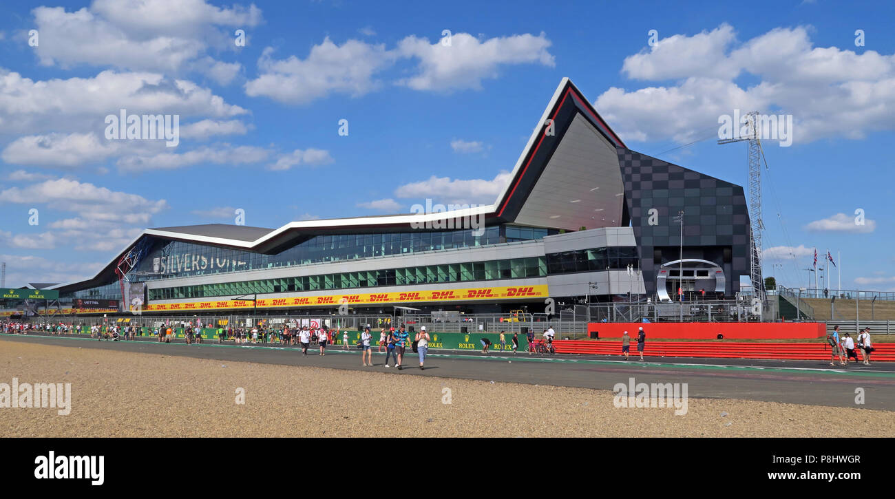 Silverstone Winged building and pits area, Race Control, built by Buckingham Group Contracting, Silverstone Circuit, Towcester, Northamptonsh NN12 8TL Stock Photo
