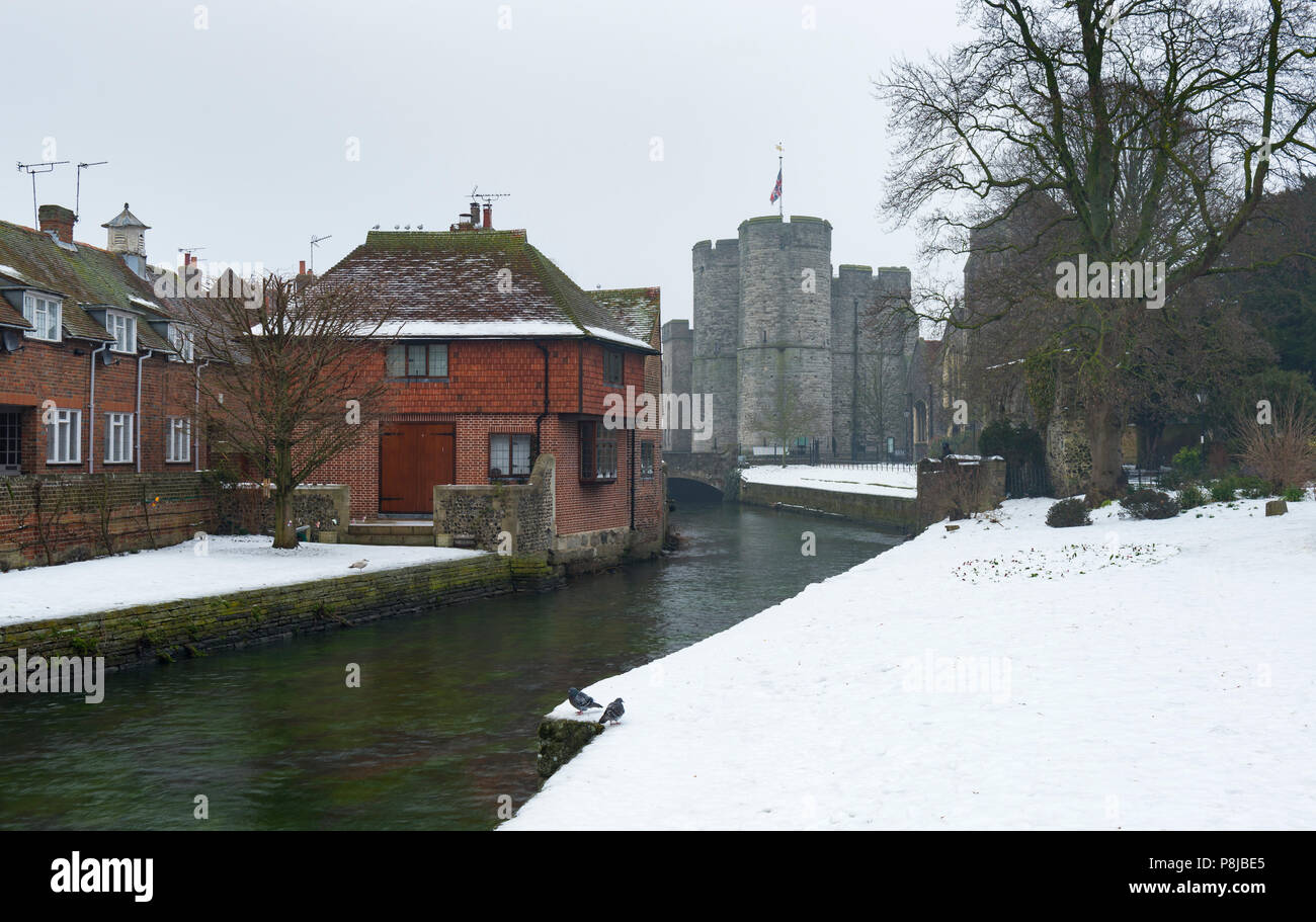 Snowfall in Westgate Gardens in Canterbury during the cold snap of March 2018. - Stock Image