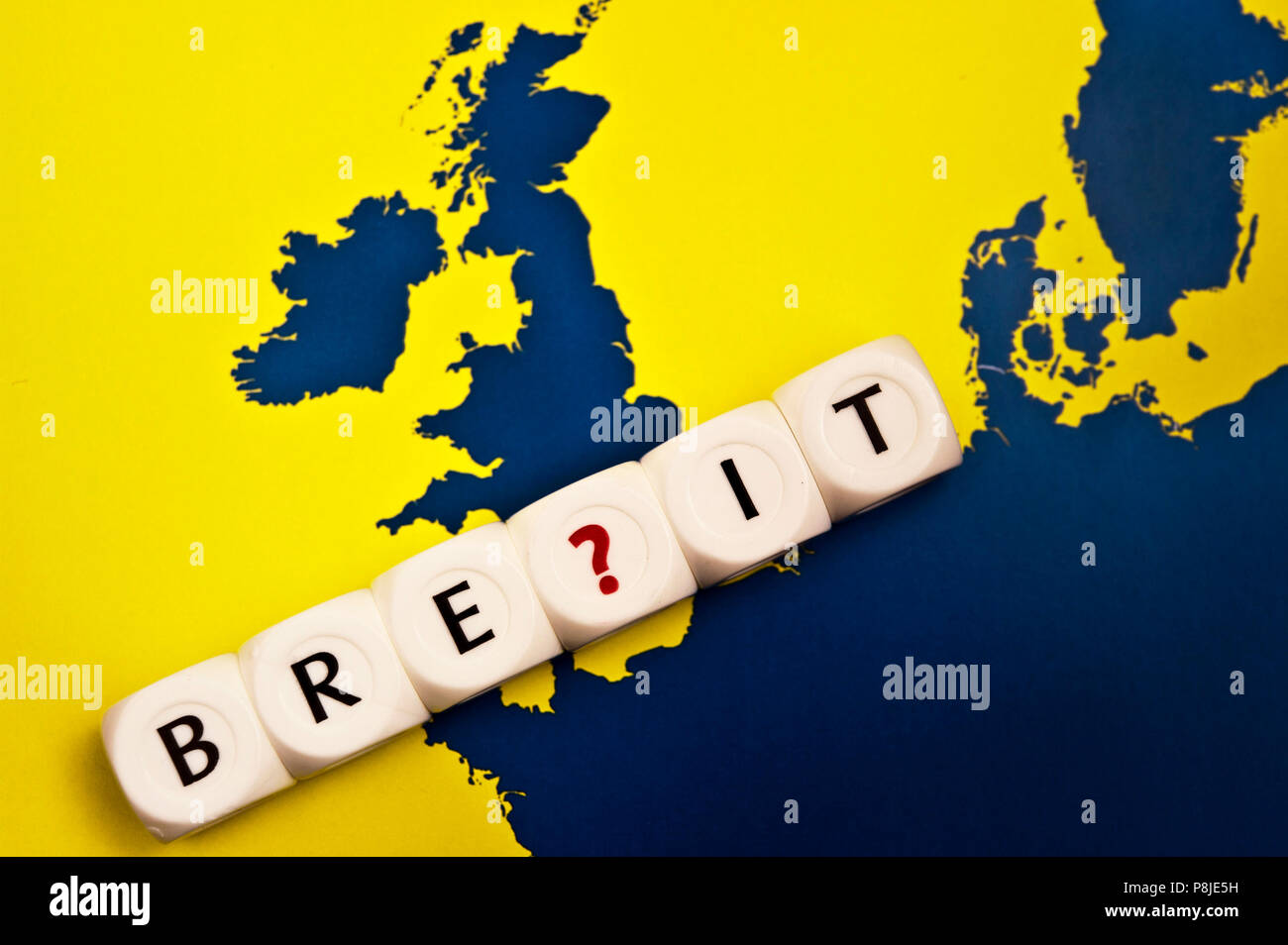 conceptual image for growing doubts about UK leaving Europe union or Brexit - Stock Image