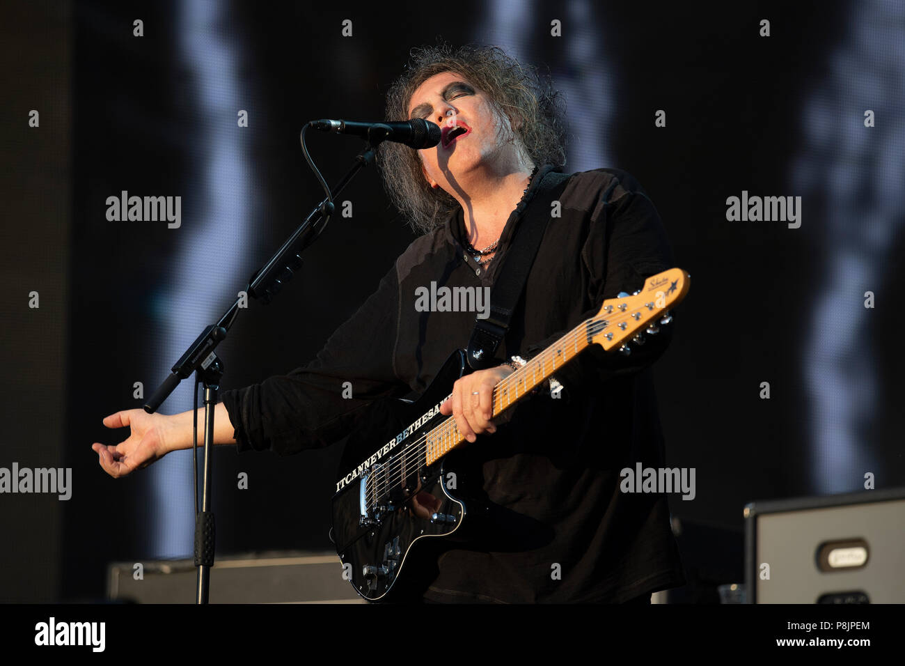 London, UK. 7th July 2018. Robert Smith of The Cure performs on the Great Oak Stage, British Summer Time, Hyde Park. Stock Photo