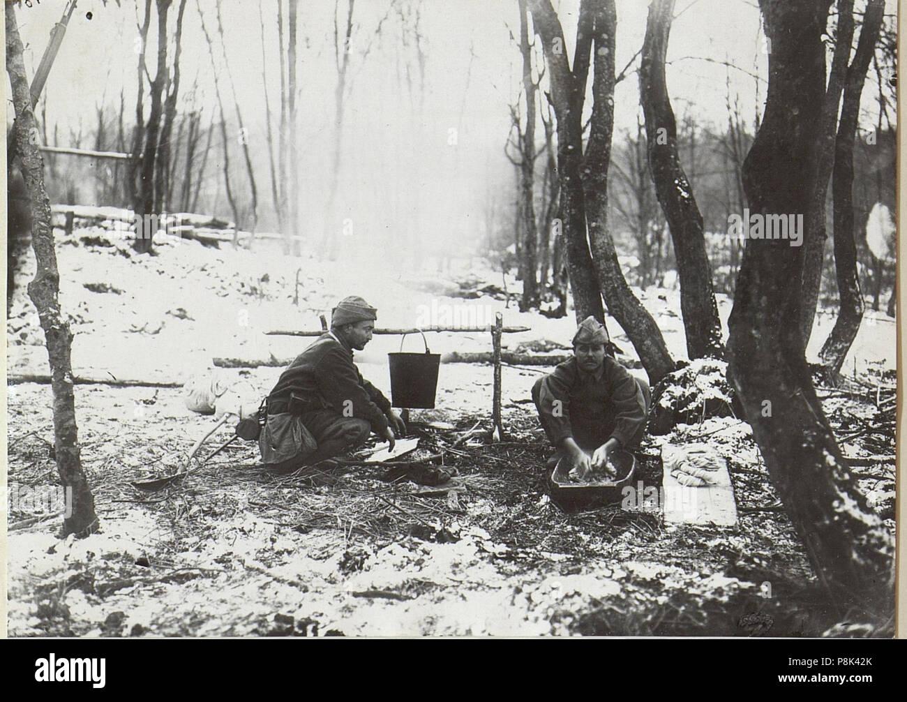 563 Türk.Mannschaften beim Wäschewaschen im Walde. (BildID 15727698) - Stock Image