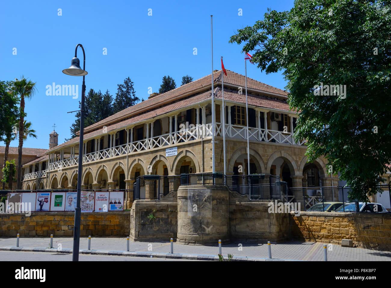 Law Courts on Atatürk Square (Sarayönü Square) in North Nicosia (Lefkosa), Turkish Republic of Northern Cyprus - Stock Image
