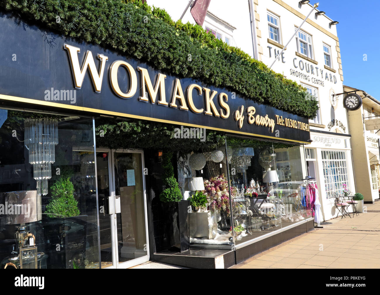 Womacks of Bawtry, 16-18 High St, Bawtry, Doncaster, South Yorkshire, England, UK,  DN10 6JE Stock Photo