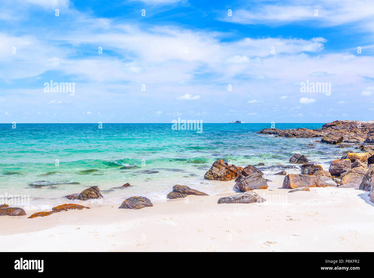 A beautiful sandy beach on the island of Samed in Thailand. - Stock Image
