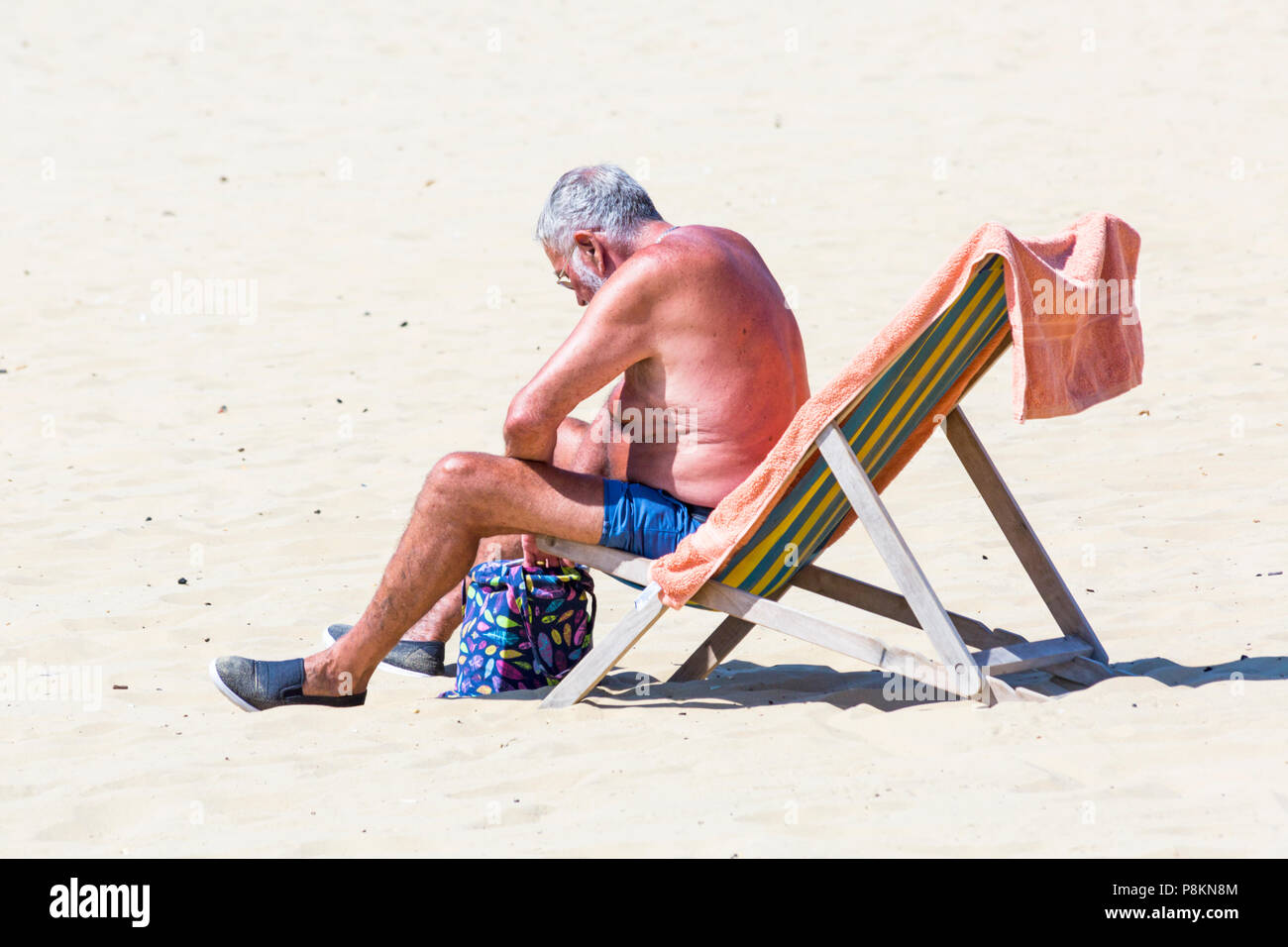 Bournemouth, Dorset, UK. 12th July 2018. UK weather: still no rain at Bournemouth! The heatwave continues with another hot sunny day, as sunseekers make the most of the glorious weather and head to the seaside at Bournemouth beaches. Credit: Carolyn Jenkins/Alamy Live News - Stock Image