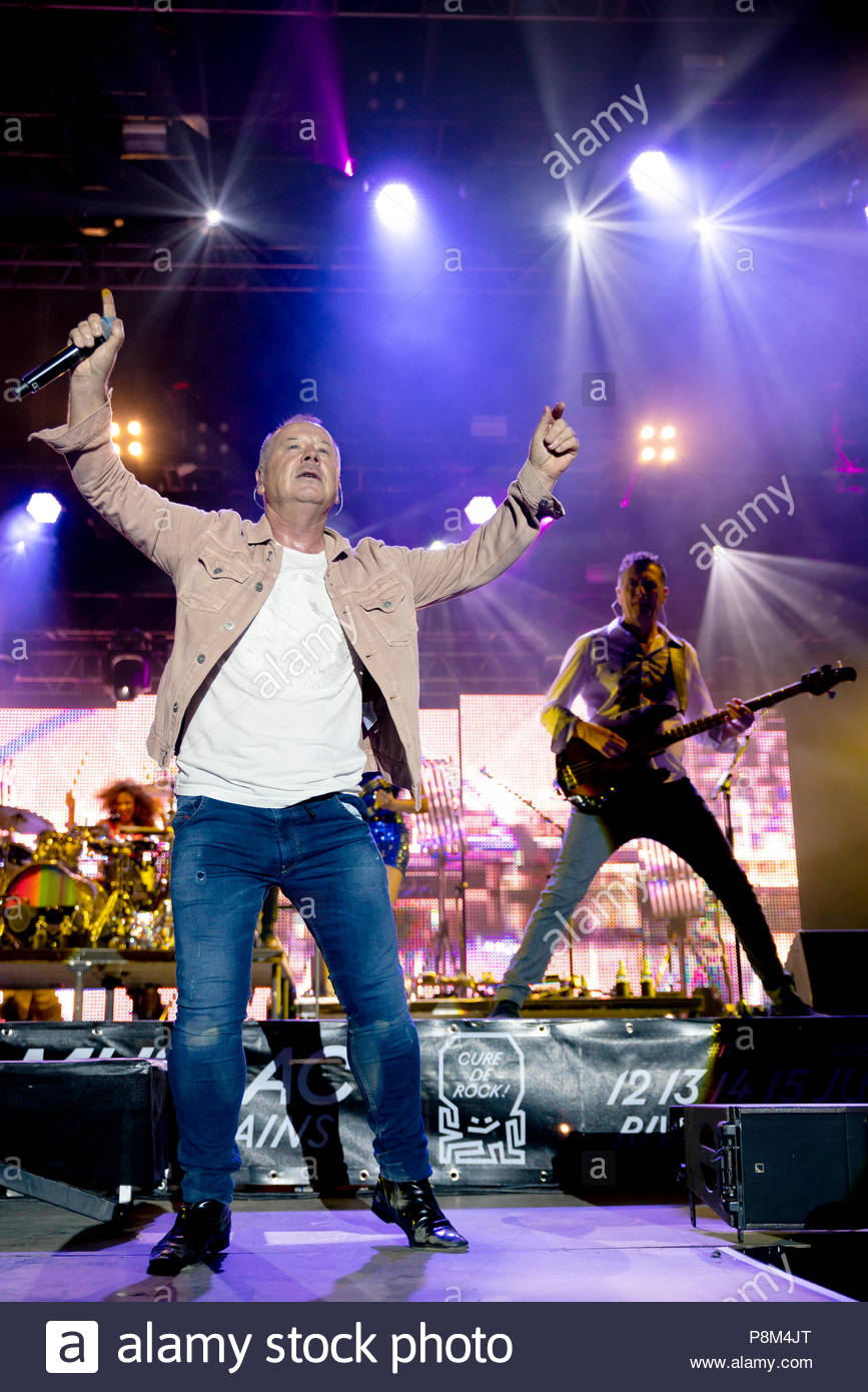 Aix-les-Bains, France. 12th July, 2018. Simple Minds performing live at Musilac festival in Aix-les-Bains (France) - 12 July 2018 Credit: Olivier Parent/Alamy Live News - Stock Image
