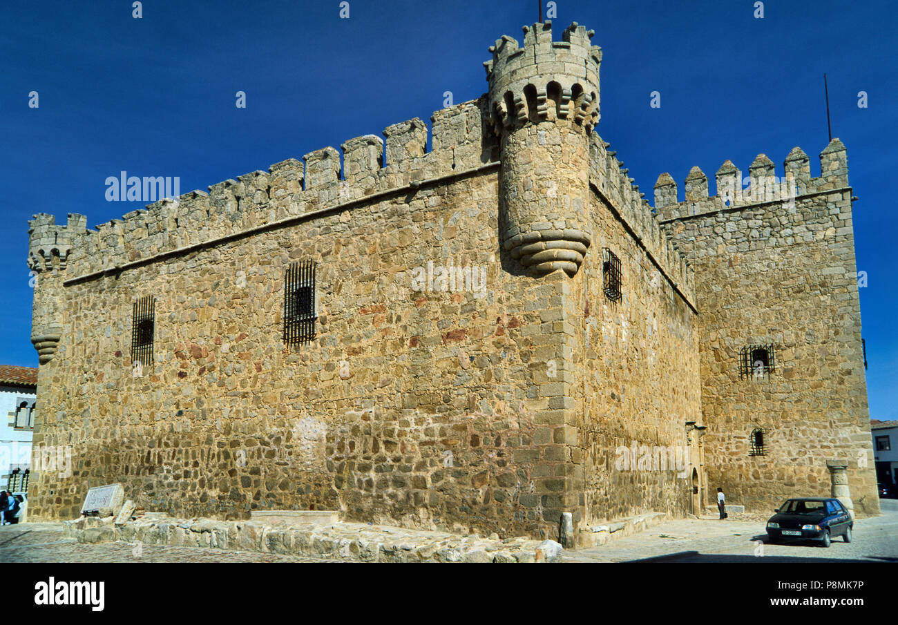 Castle of Perez de Guzman in town center of Orgaz, province of Toledo, Castile-La Mancha, Spain - Stock Image
