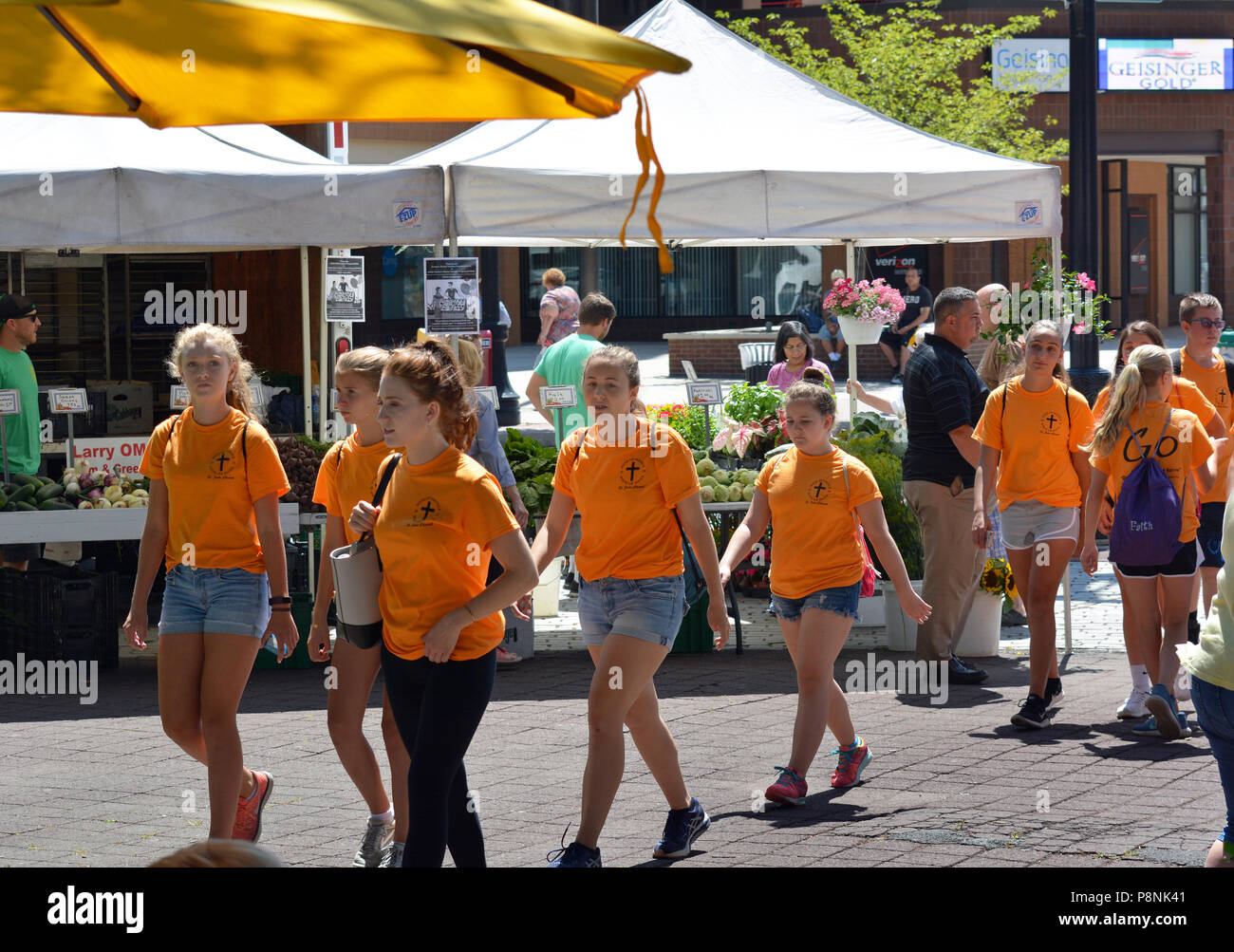 Group from Saint Jude Church Mountaintop,Week Of Service & Hope at Wilkes Barre PA's.farmers market on the public square in central city July 12 2018 Stock Photo