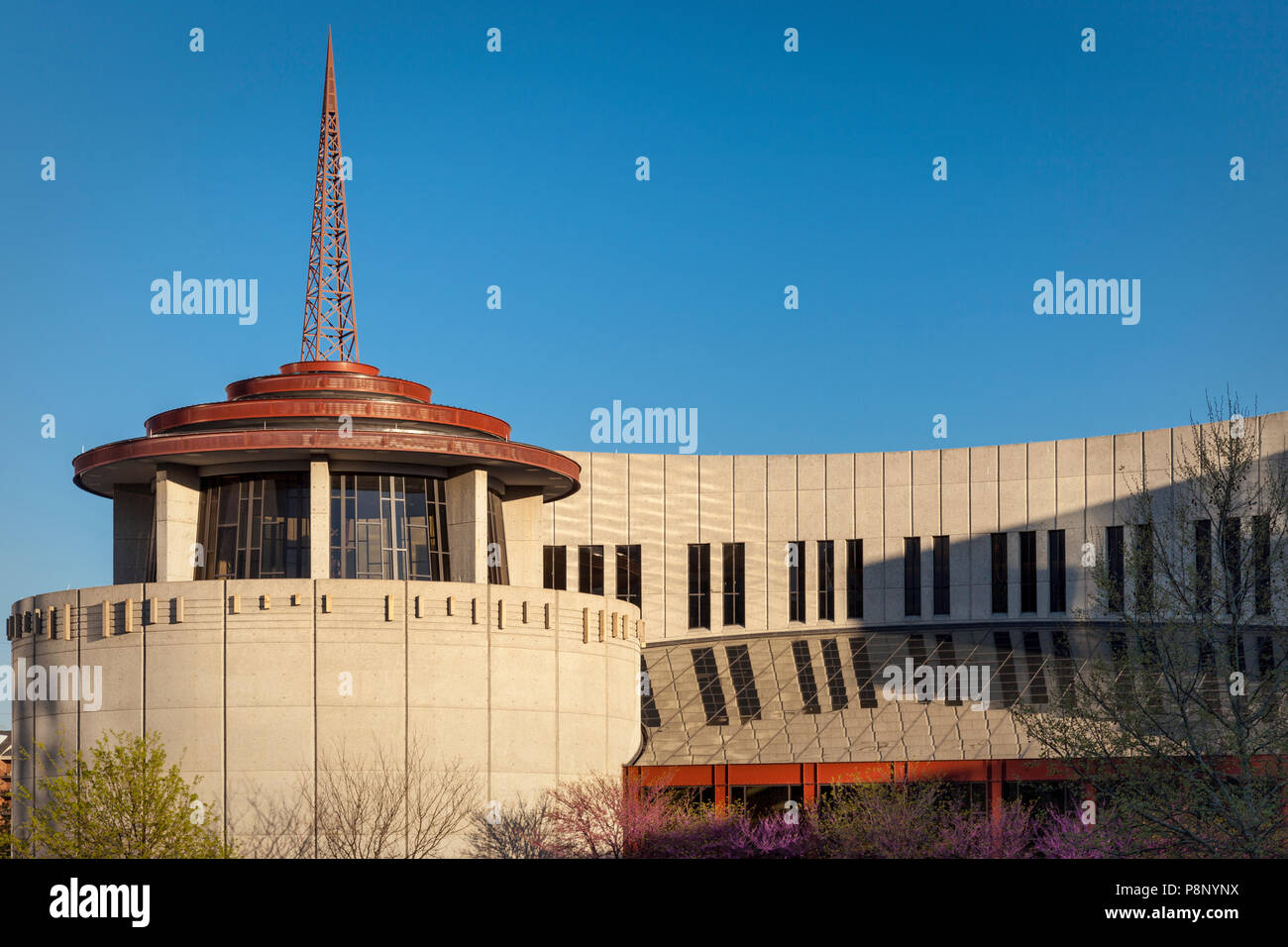 Evening sunlight on the Country Music Hall of Fame, Nashville, Tennessee, USA - Stock Image