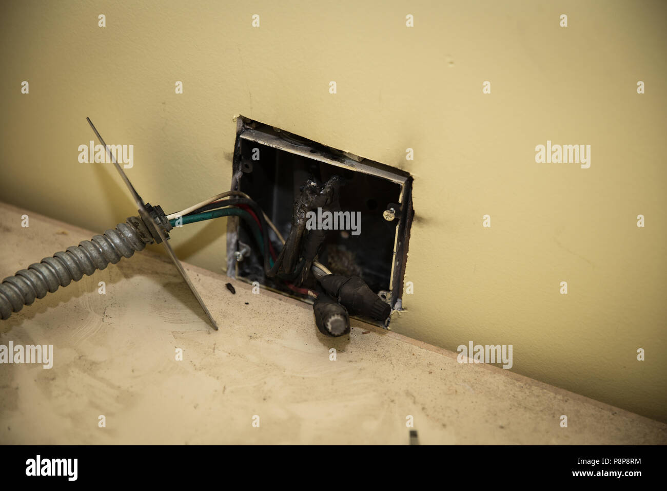 Brilliant Faulty Wiring In The House Caused A Fire Behind The Wall Caused The Wiring Digital Resources Bemuashebarightsorg