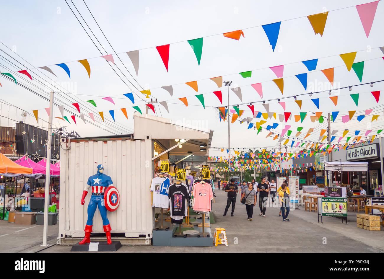 Bangkok, THAILAND - MAY 19 : HUMMUM Boardway Market on may 19, 2018 in Bangkok, THAILAND. It is a famous night market, consist of food and fasion item Stock Photo