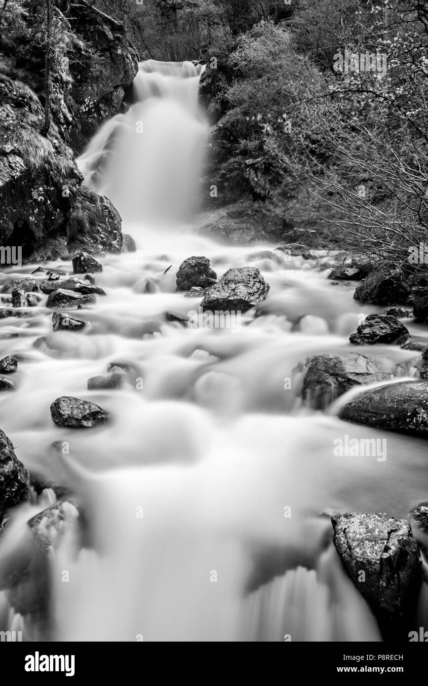 Cascada en Arisnal, Andorra - Stock Image