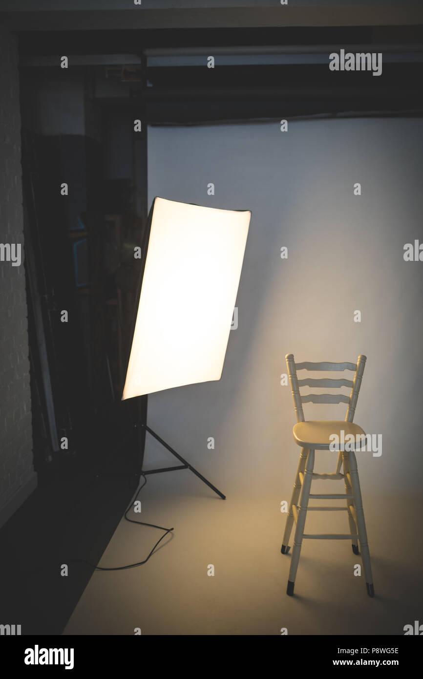 Photo studio with lighting equipment - Stock Image