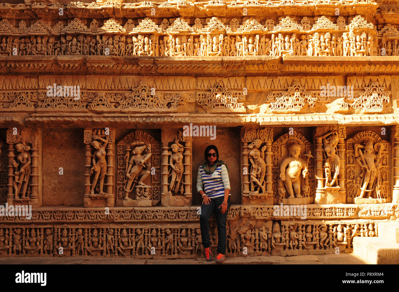Sandstone tempel Rani ki Vav. Waterstorage (Step Well) in Patan, Gujarat, India - Stock Image