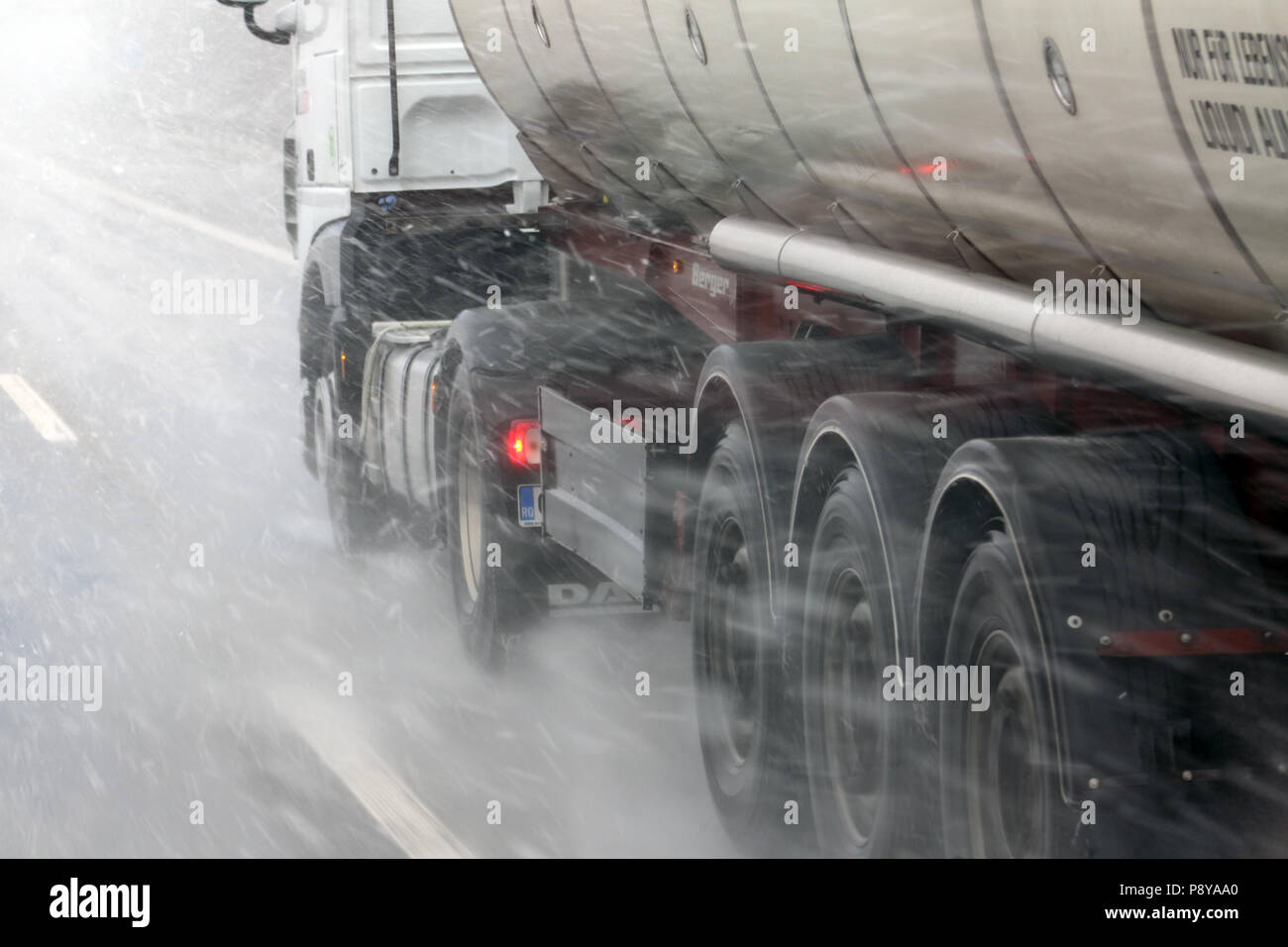 Muenchen, Germany, bleed, truck in snowfall on the highway - Stock Image