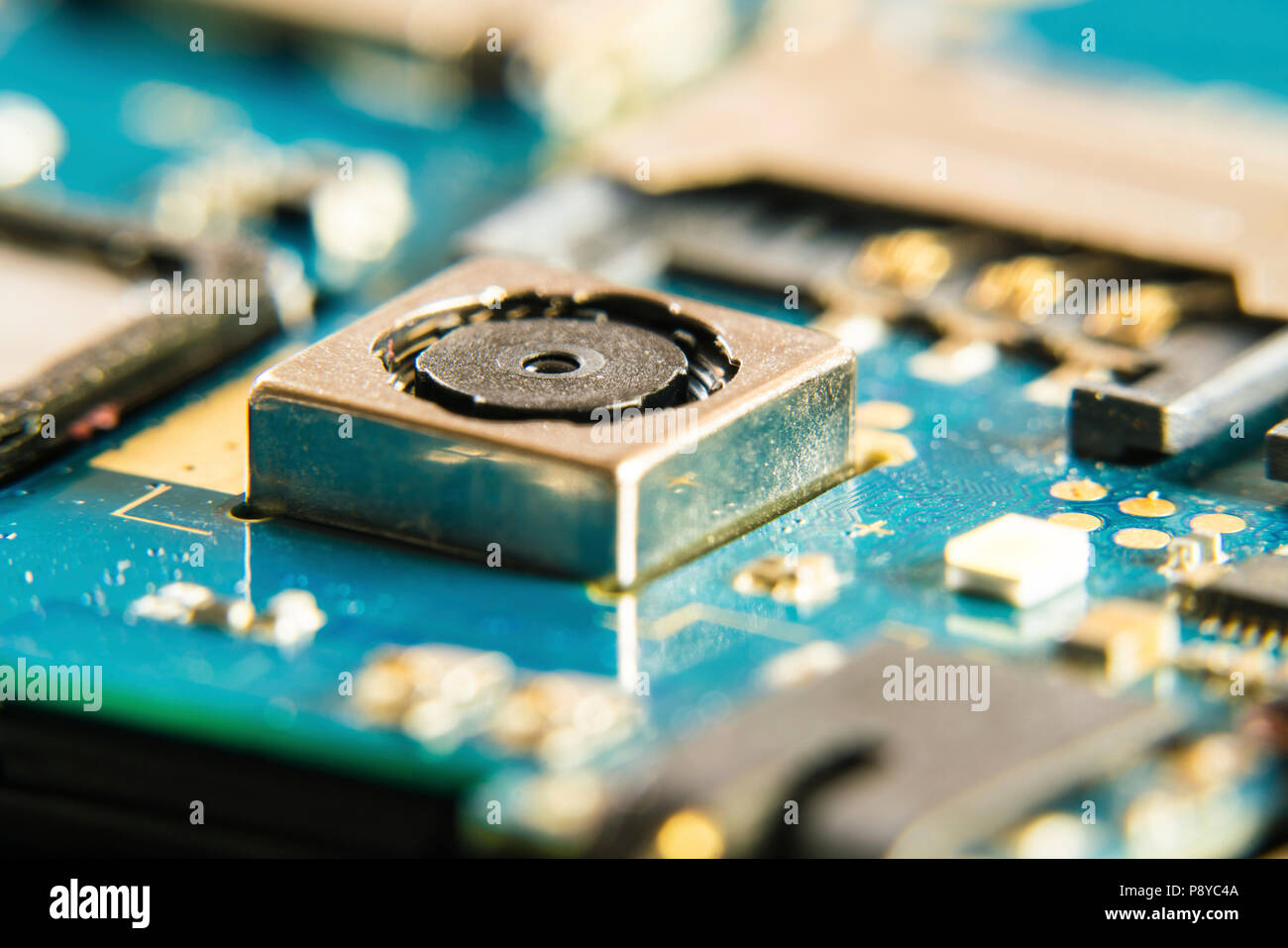 Circuit Board Repair Stock Photos & Circuit Board Repair Stock ...