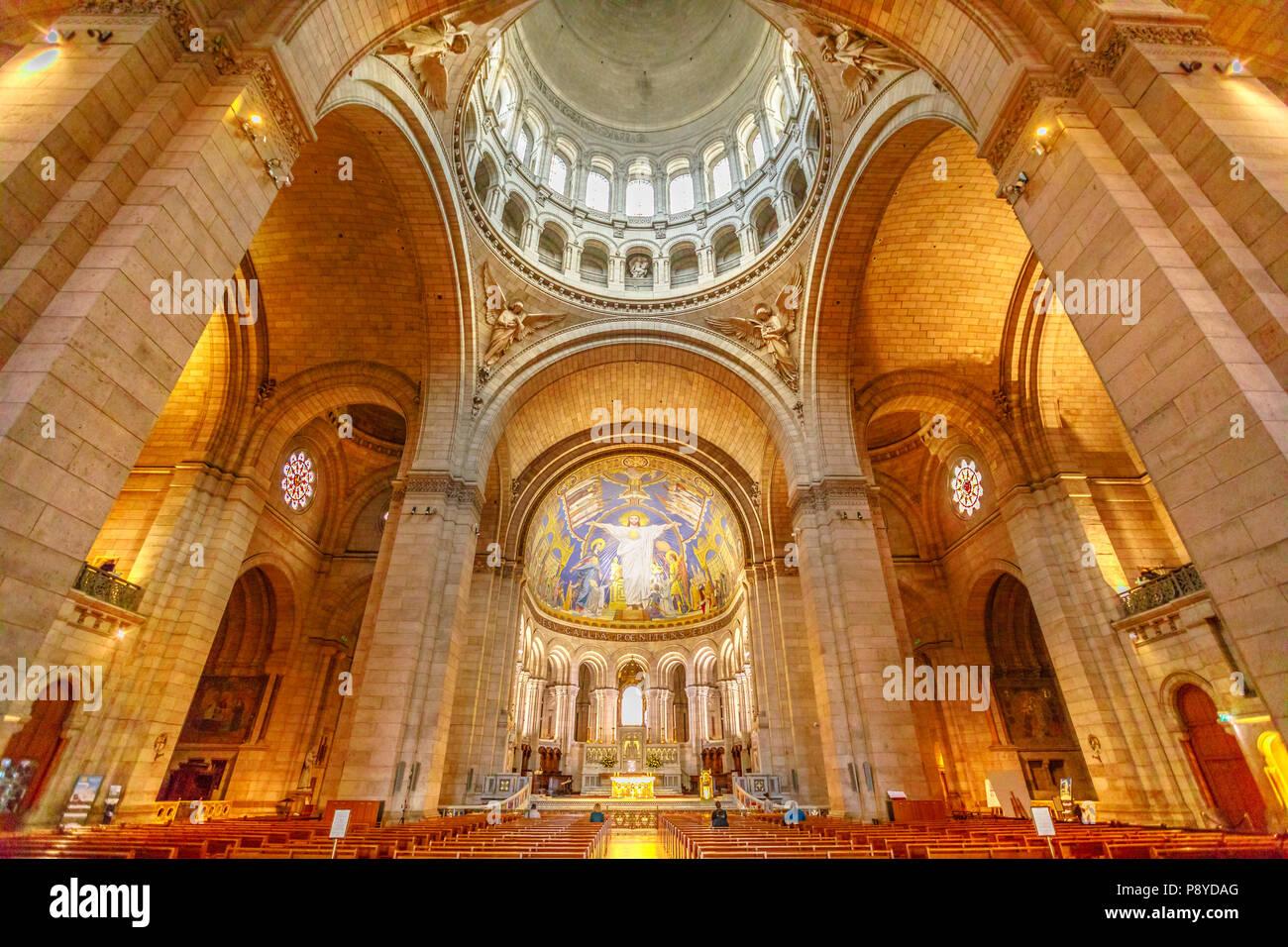 Paris France July 3 2017 Central Nave Colonnade Of Sacre