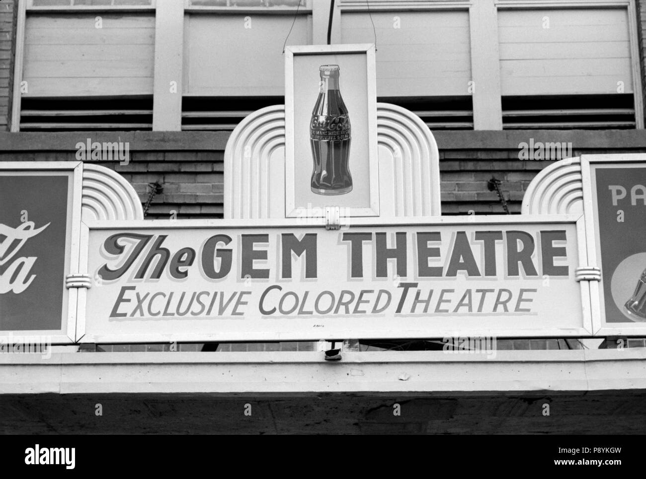 Sign Above Moving Picture Theater, 'Exclusive Colored Theatre', Waco, Texas, USA, Russell Lee, Farm Security Administration, November 1939 - Stock Image