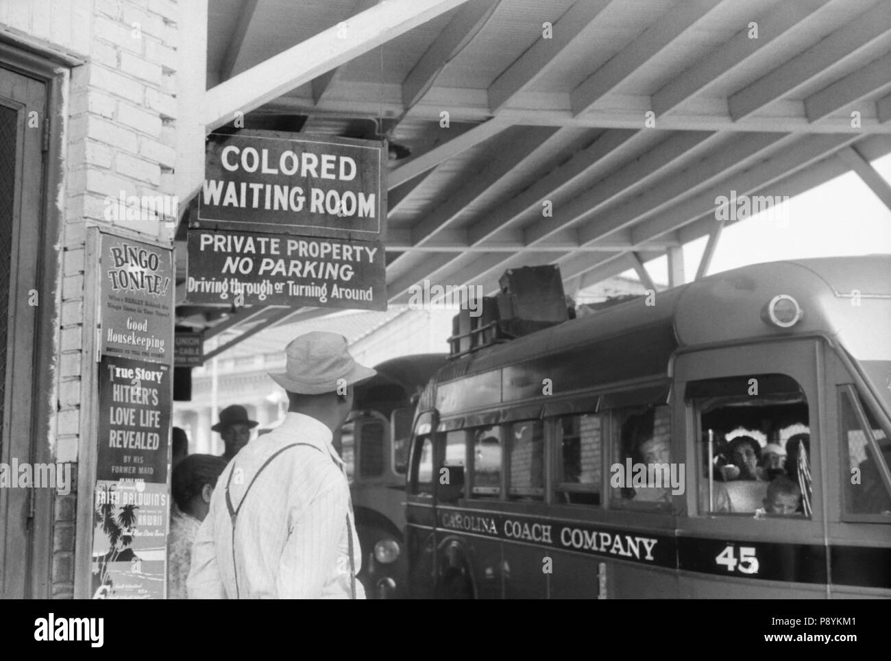Bus Station with Sign 'Colored Waiting Room', Durham, North Carolina, USA, Jack Delano, Office of War Information, May 1940 - Stock Image