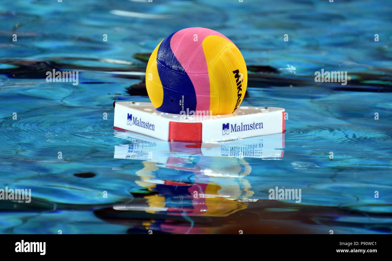Margitsziget stock photos margitsziget stock images alamy - Margaret island budapest swimming pool ...