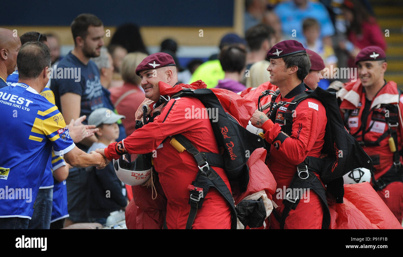 Emerald Headingley Stadium, Leeds, UK. 13th July, 2018. Betfred Super League Rugby League between Leeds Rhinos vs Wakefield Trinity; To mark Armed Forces day skydivers land the Emerald Headingley Stadium prior to kick off.   Dean Williams/Alamy Live News - Stock Image