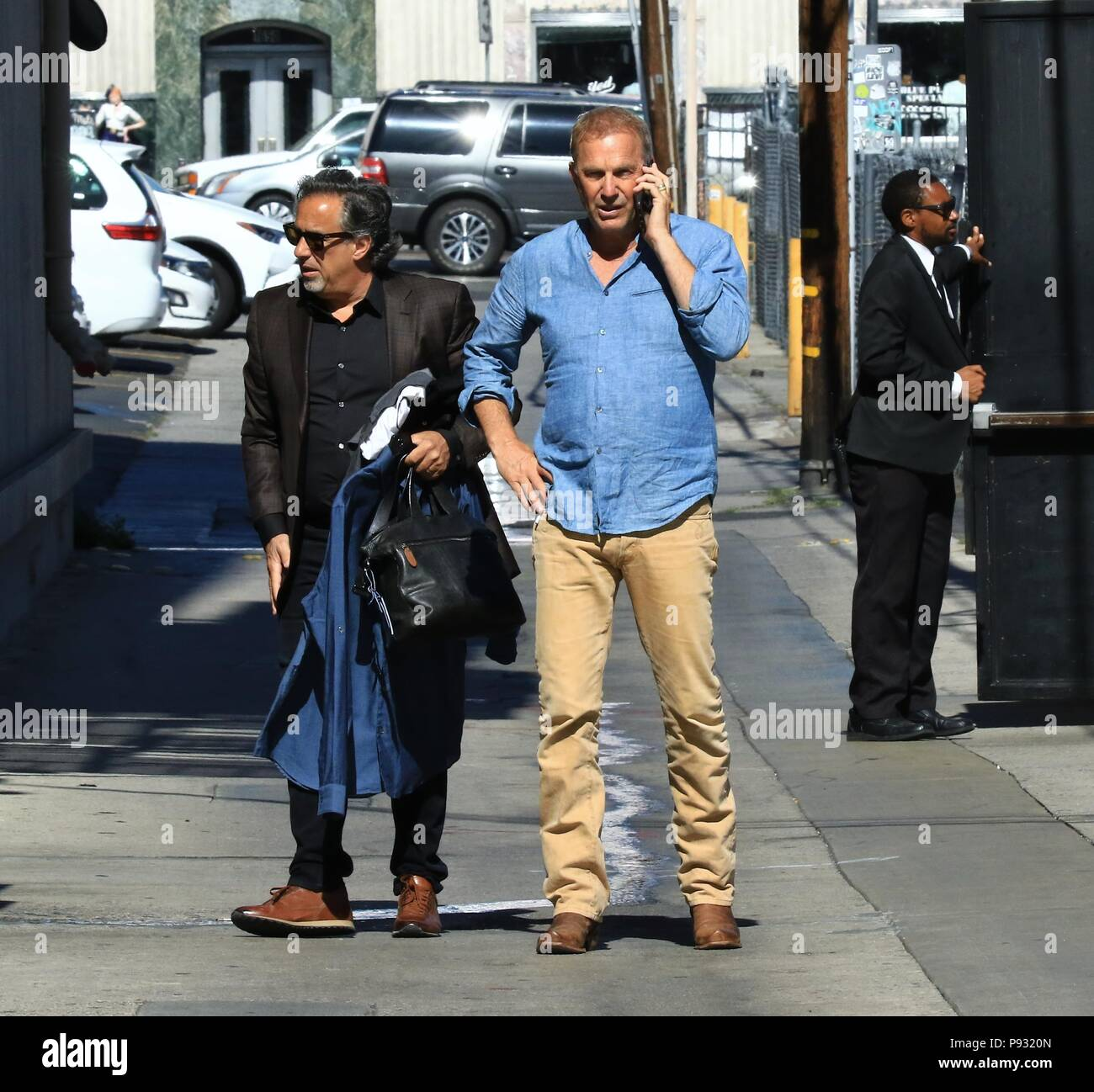 Celebrities At The Jimmy Kimmel Live Studios Featuring Kevin Costner Where Hollywood California United States When 12 Jun 2018 Credit Wenn Com Stock Photo Alamy They had two children, kevin and katherine. alamy