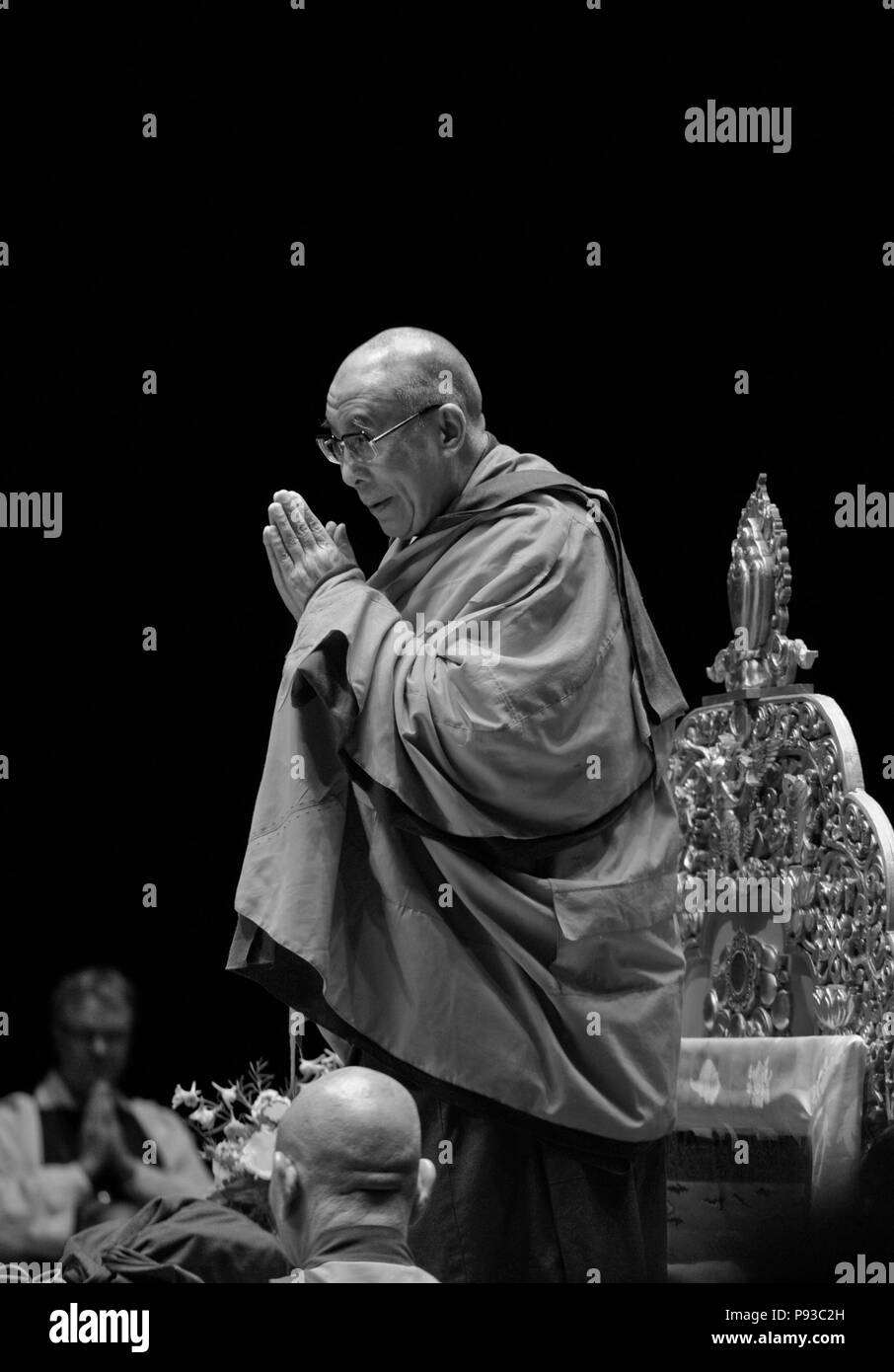The 14th DALAI LAMA of Tibet teaches Buddhism sponsored by the TIBETAN MONGOLIAN CULTURAL CENTER - BLOOMINGTON, INDIANA - Stock Image