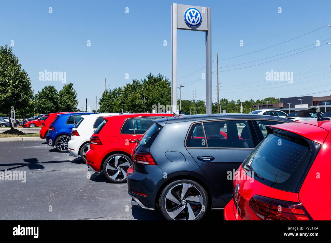 Vw Volkswagen Touareg Stock Photos Amp Vw Volkswagen Touareg