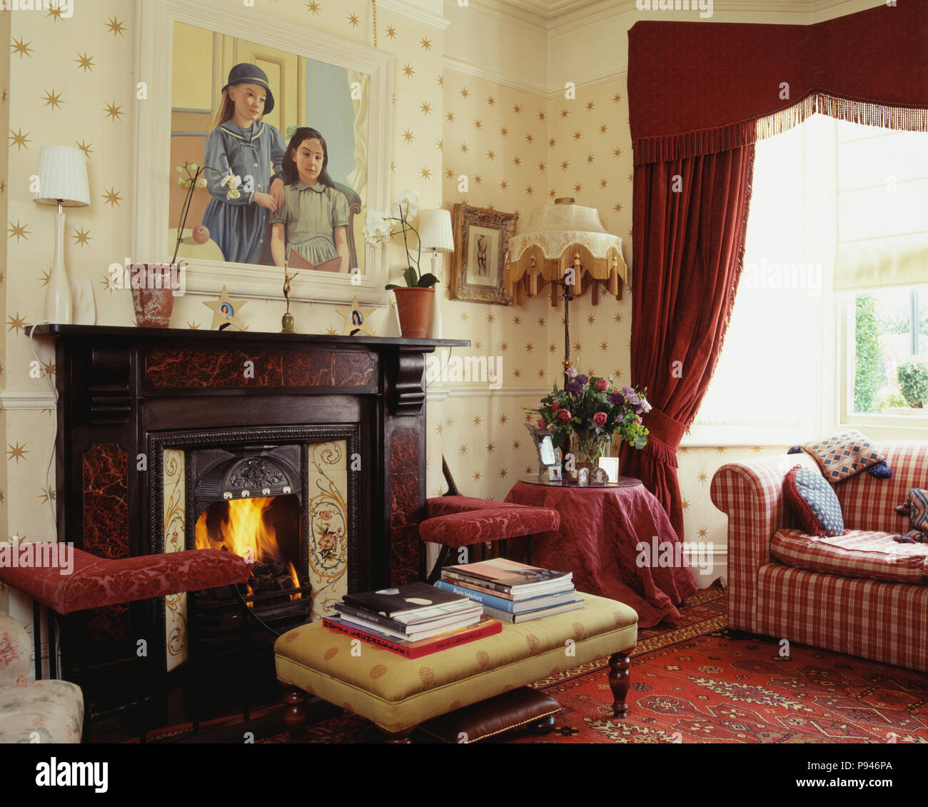 Red Curtains In Traditional Living Room Stock Photo Alamy