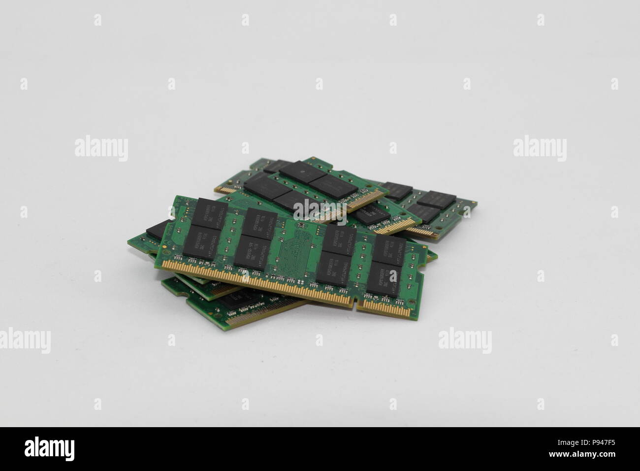 Dimm Stock Photos Images Alamy Ram Laptop Ddr2 2gb Pc2 6400 Asli Jepang Pile Of Computer Notebook Or Tablet Memory Module Isolated On White Background
