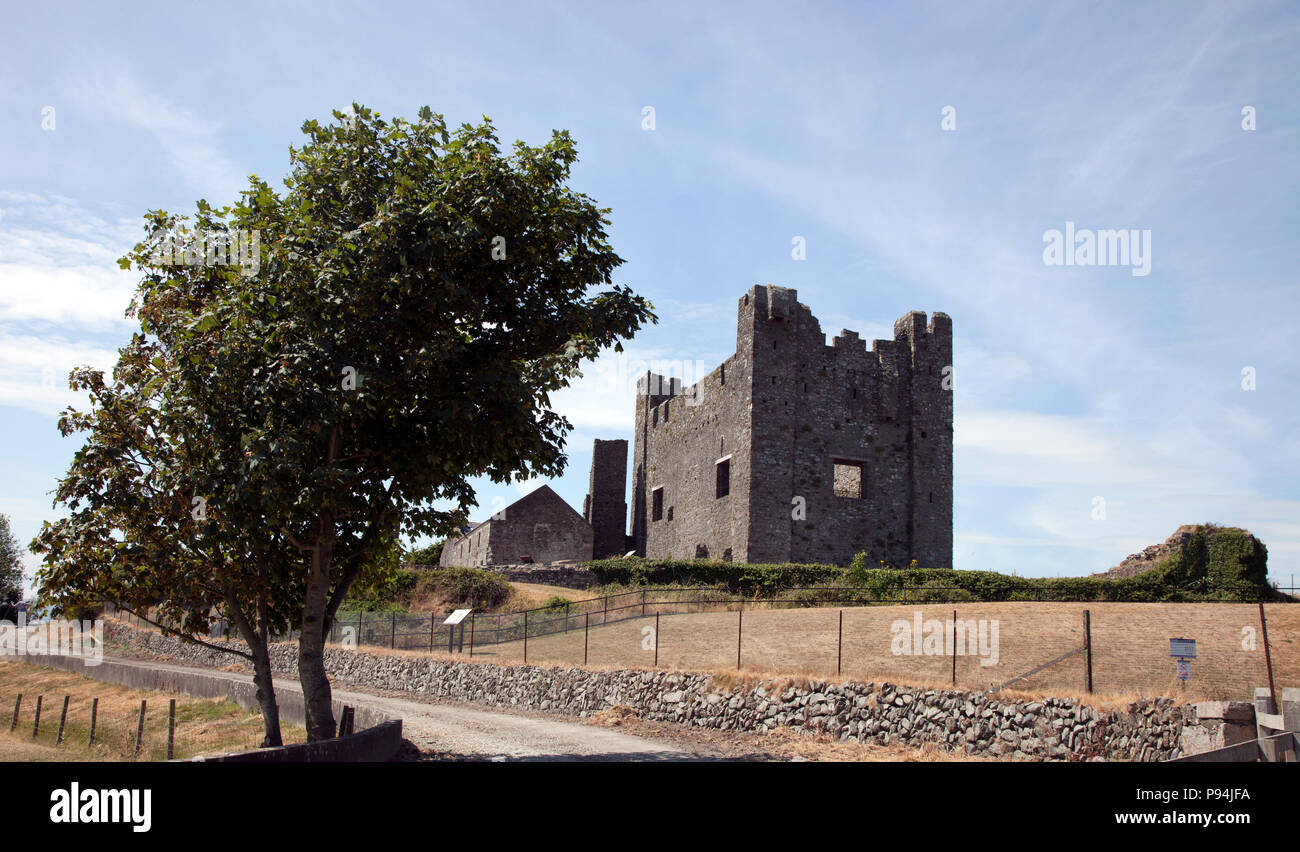 Green Castle, ruined castle in Greencastle, County Down, Northern Ireland - Stock Image