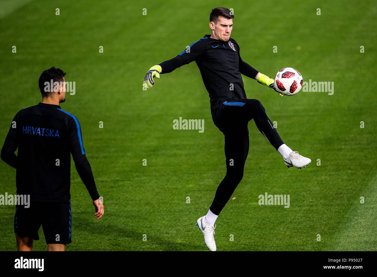 af0c6b52218fe3 Goalkeeper Dominik Livakovic (R) of the Croatian men s national football  team during a training session at Moscow s Luzhniki Stadium ahead of the  upcoming ...