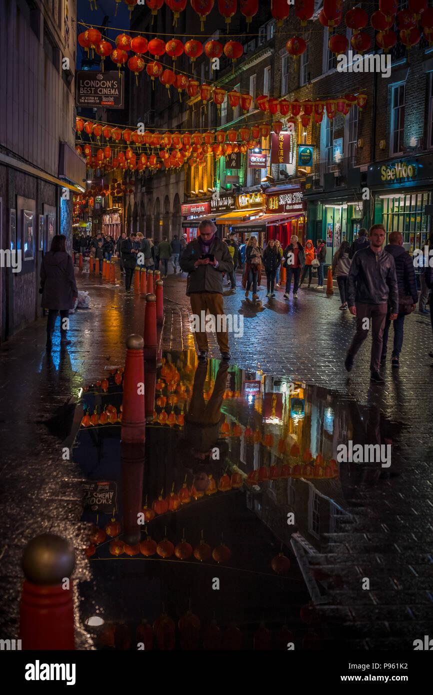 Night lights in chinatown London - Stock Image