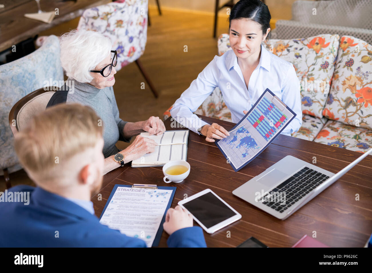 Business people planning business strategies - Stock Image