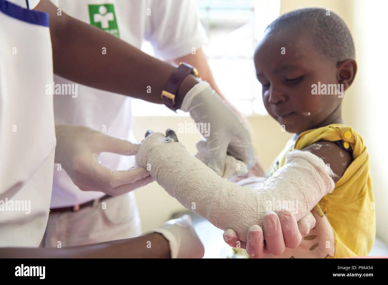 German doctors provide medical help in slums of Nairobi - Kenya - Stock Image