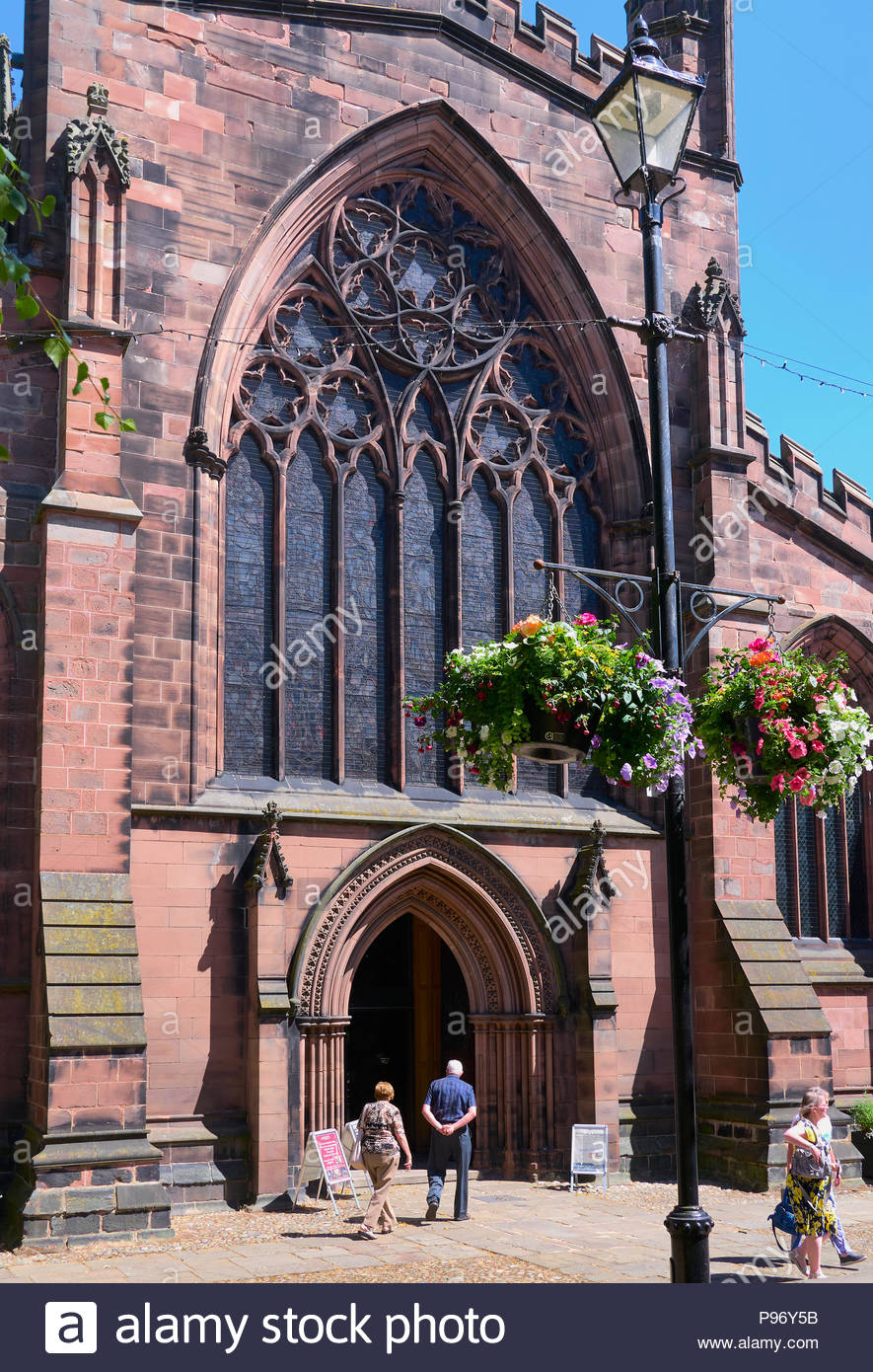 St Mary's church in the centre of the market town of Nantwich, Cheshire England uk - Stock Image