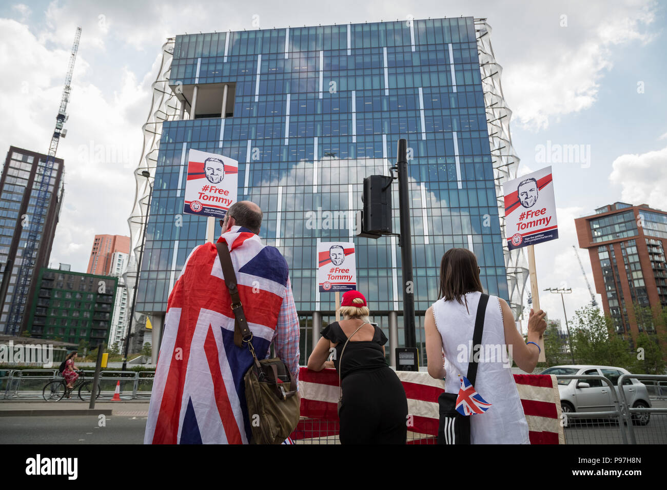 London, UK. 14th July 2018. Pro-Trump supporters gather near the US Embassy in London to celebrate the visit of the 45th President of the United States to UK. Credit: Guy Corbishley/Alamy Live News Stock Photo