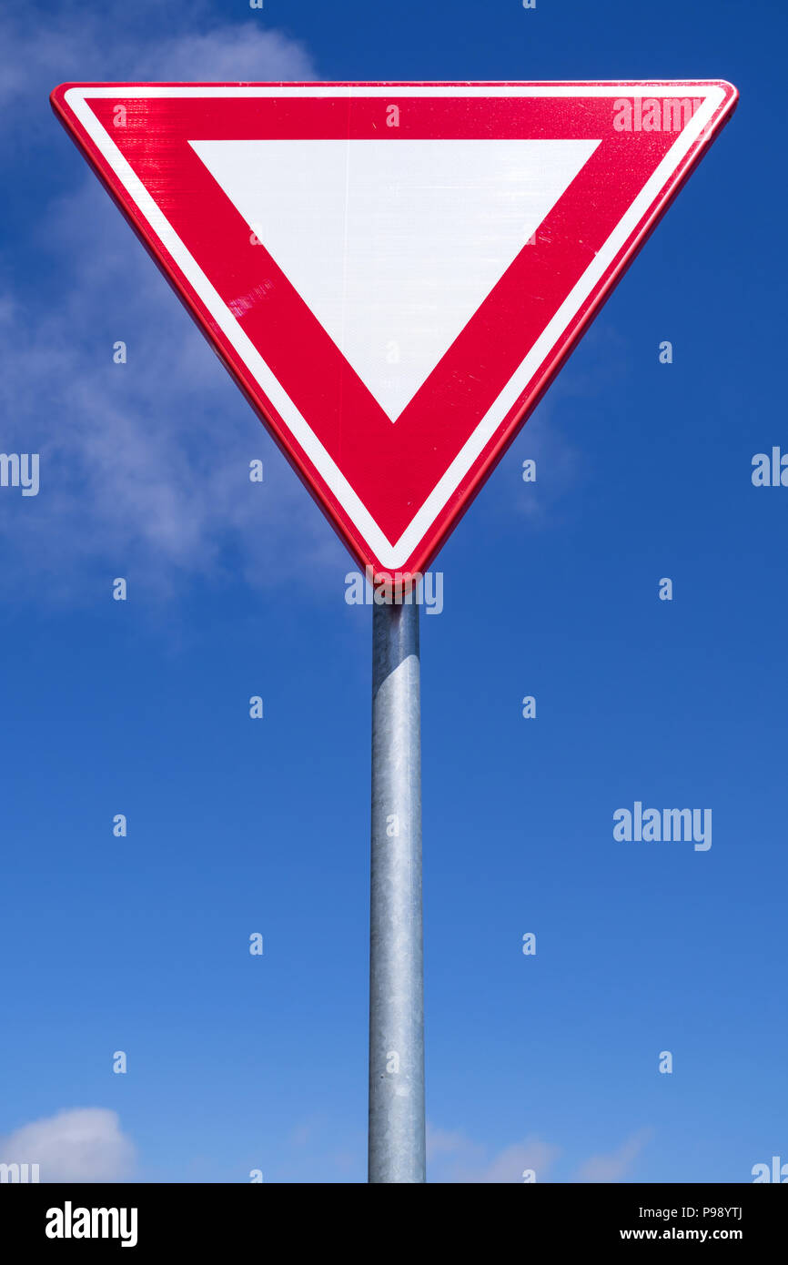 Dutch road sign: give way - Stock Image
