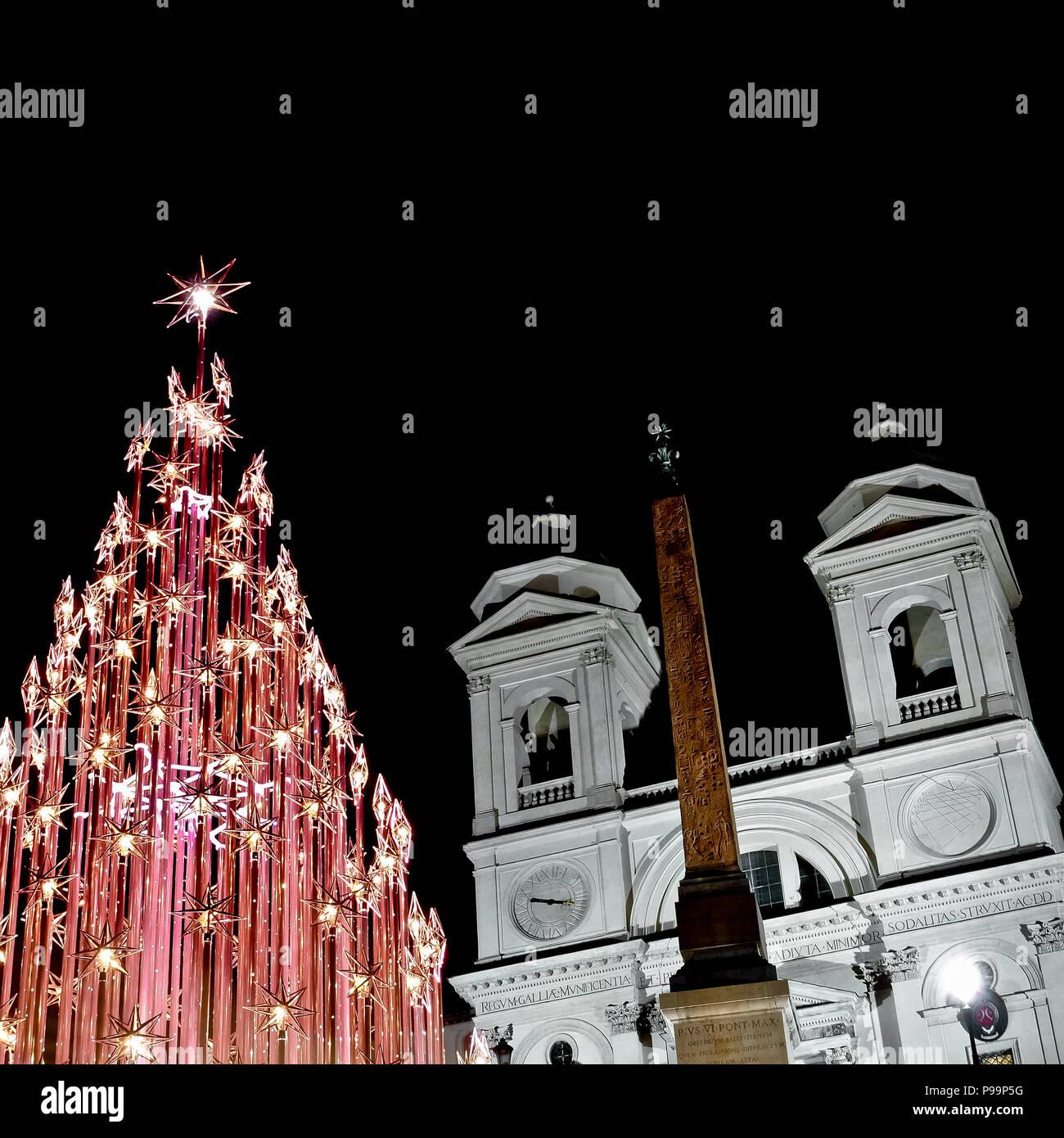 Rome Christmas led lights tree, at the Spanish Steps, Trinità dei Monti, Piazza di Spagna at night. Italy, Europe. Christmastime, Xmas. - Stock Image