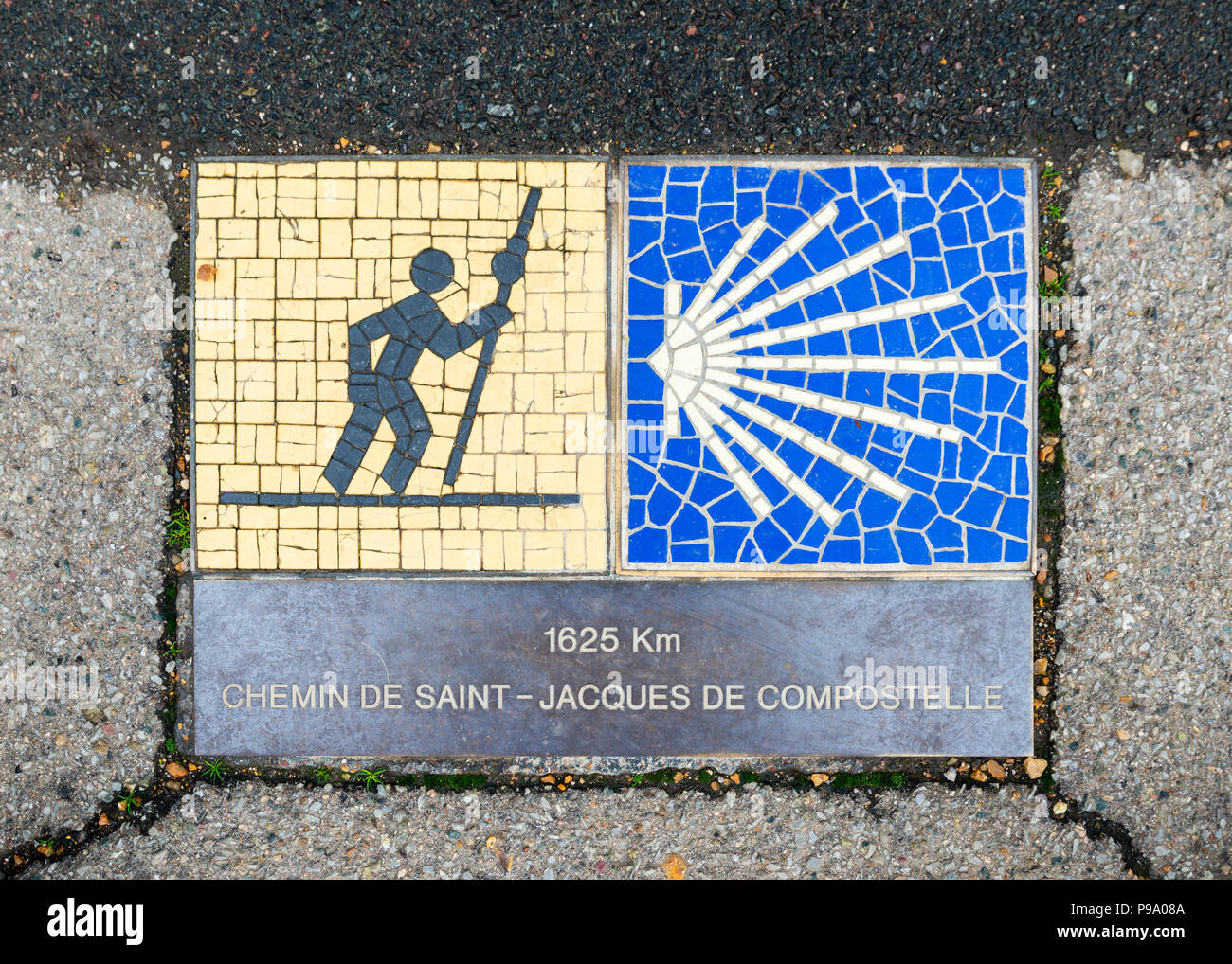 Camino de Santiago pilgrimage sign in Chartres, France. The sign reads: 1625 km Way of St James. - Stock Image