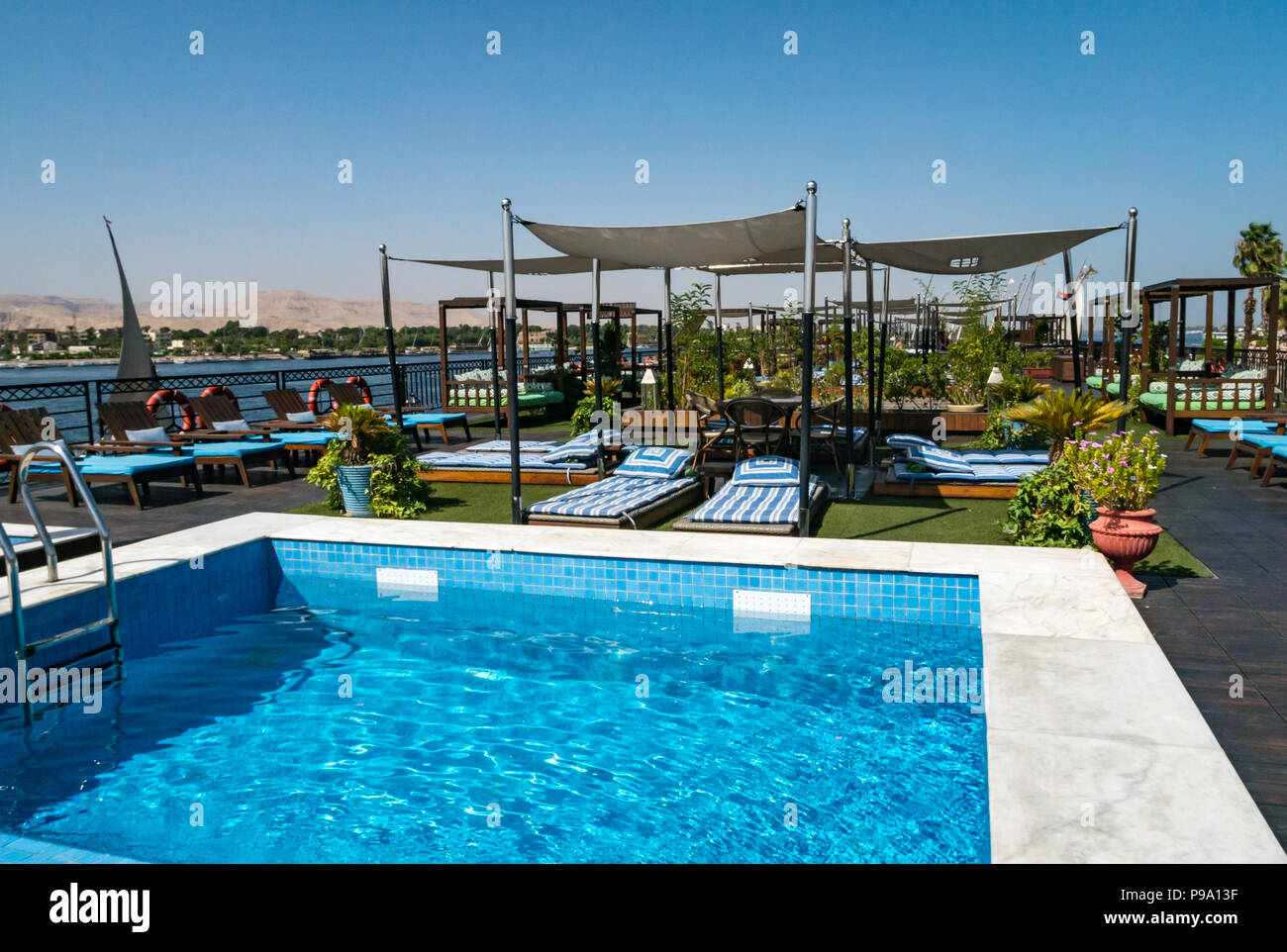 Cruise ship pool stock photos cruise ship pool stock images alamy for River cruise ships with swimming pool