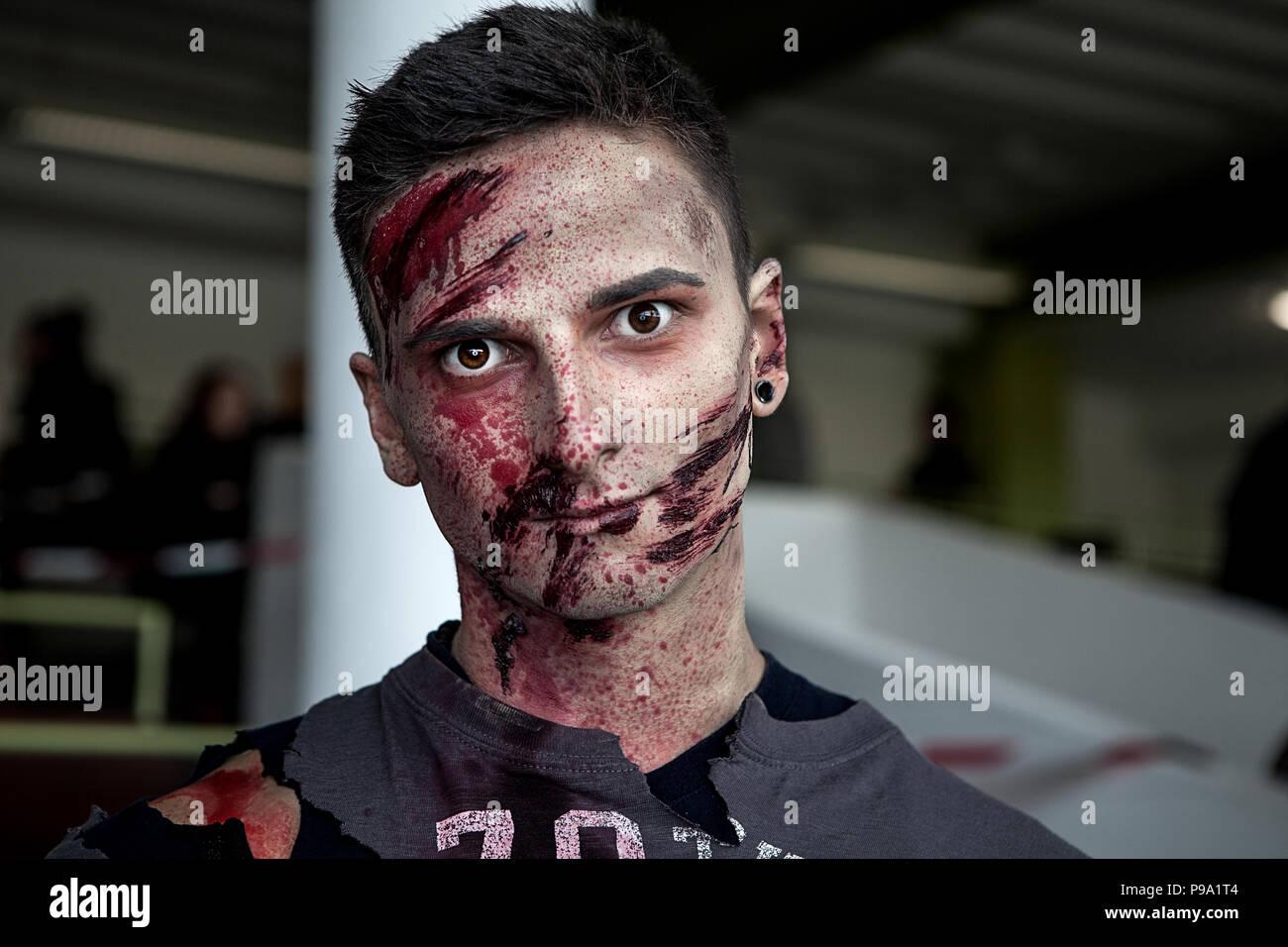 man with zombie makeup at zombie run munich stock photo: 212277300