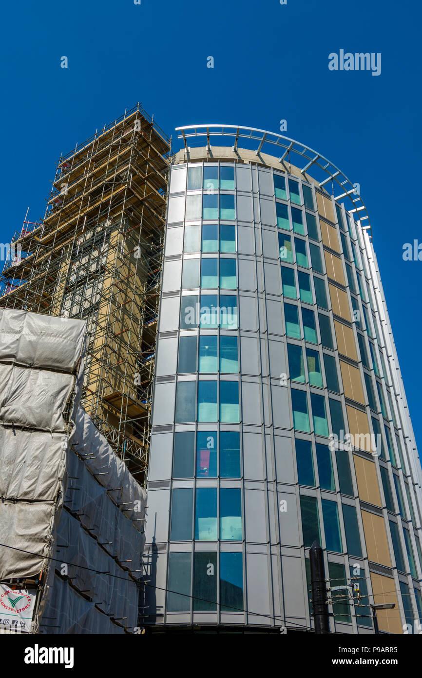 The Hotel Indigo building under construction, Manchester, England, UK - Stock Image