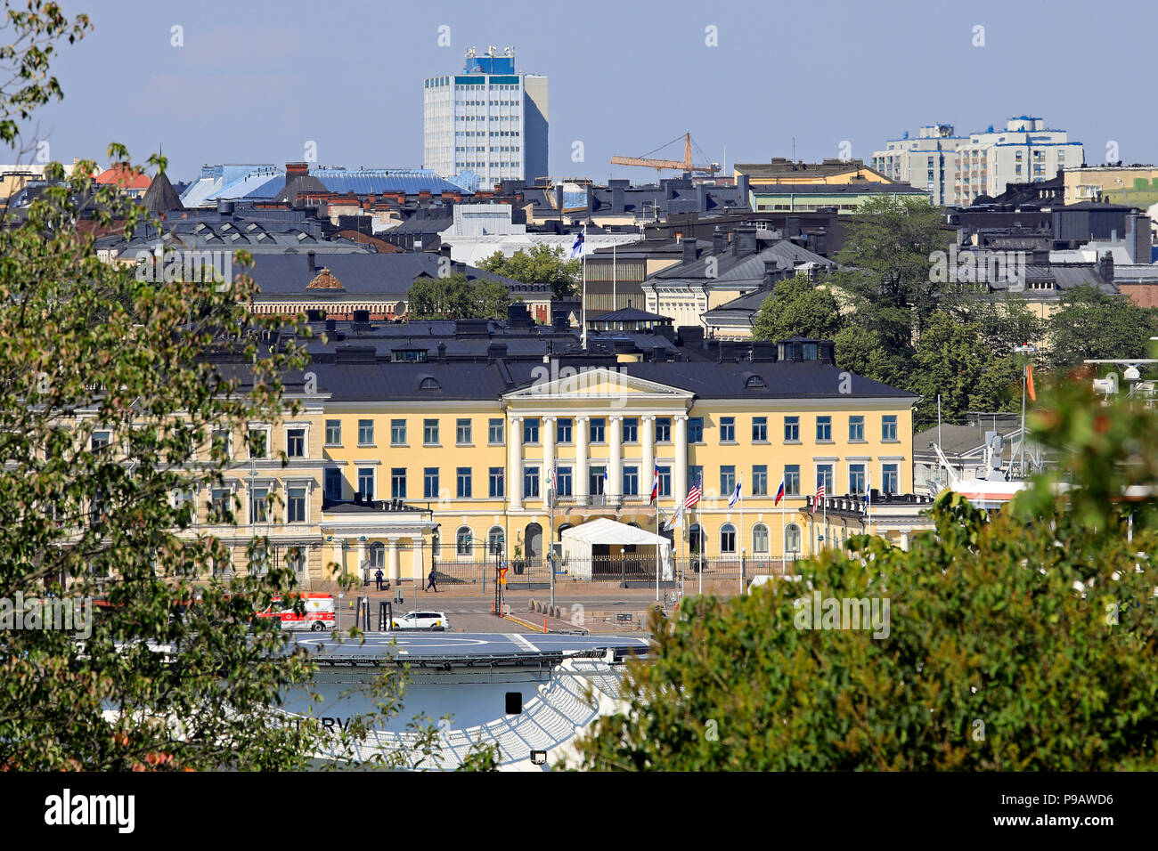 Helsinki, Finland. July 16, 2018. The Presidential Palace in Helsinki seen from Tähtitorninmäki during the US and Russian Presidents' historic Helsinki2018 meeting. Credit: Taina Sohlman/Alamy Live News Stock Photo