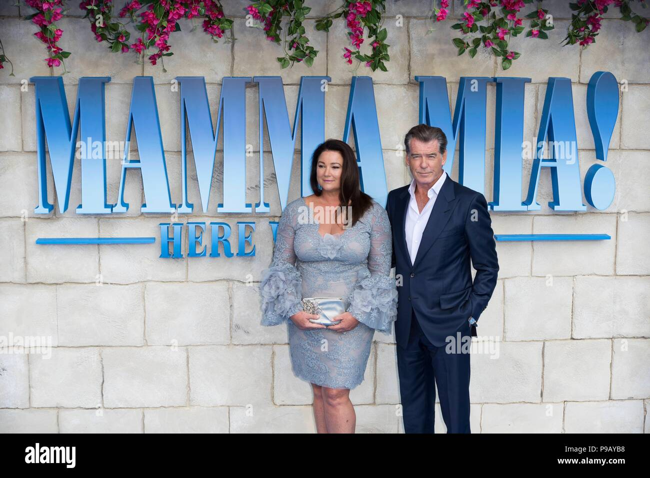 Pierce Brosnan Keely Brosnan Stock Photos & Pierce Brosnan Keely ...
