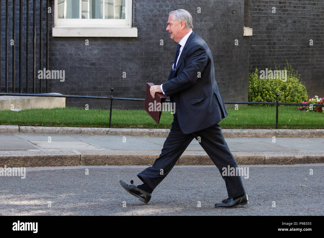 London, UK. 17th July, 2018. Geoffrey Cox QC MP, Attorney General,  arrives at 10 Downing Street for the final Cabinet meeting before the summer recess. Credit: Mark Kerrison/Alamy Live News - Stock Image
