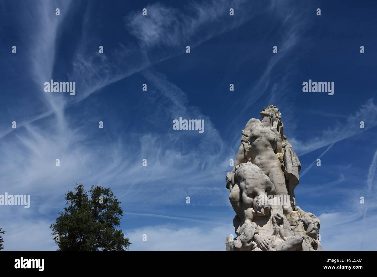 Monument de la Liberté Eplorée, F.W. MacMonnies sculptor, Musee de la Grande Guerre, Meaux, Seine-et-Marne, Ile-de-France, France, Europe - Stock Image