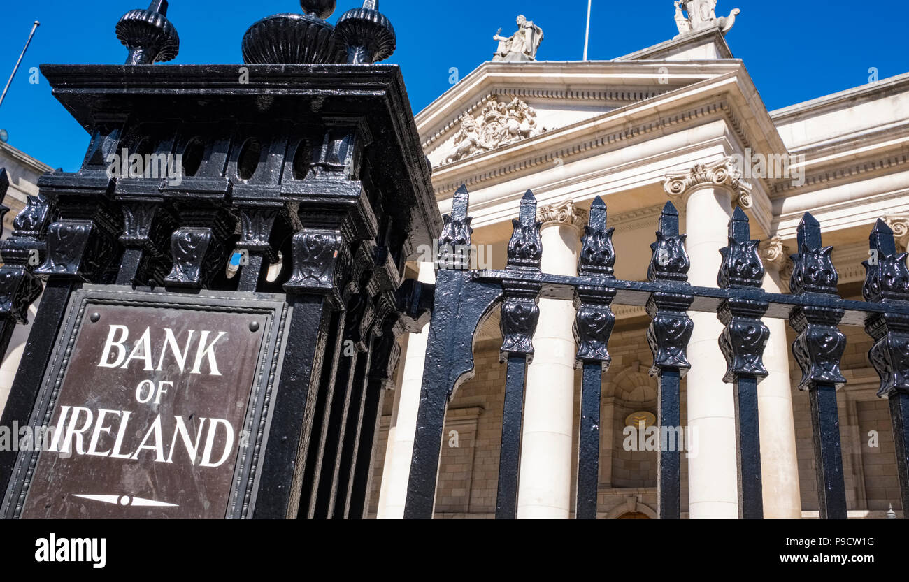 Bank of Ireland building exterior on College Green, Dublin, Ireland, Europe - Stock Image